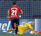 Rubén sale del lío parando el penalti