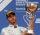 Hamilton reina en Sochi y se acerca a su quinto Mundial