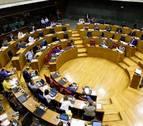 El Parlamento foral rechaza devolver el IRPF en los permisos de maternidad
