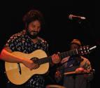 Amaia 'se cuela' en el concierto de El Kanka en Burlada