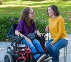 """María Frutos y Ana Saera, alumnas con discapacidad: """"Aportamos en clase una visión diferente"""""""