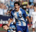 El Málaga refuerza el liderato con una remontada