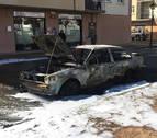 Susto en Elizondo tras incendiarse un coche en plena calle