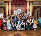 La consejera Ollo agradece a las casas regionales su aportación a la pluralidad