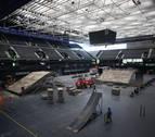 El Navarra Arena sufre una metamorfosis para acoger el espectáculo de freestyle
