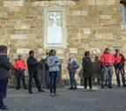 La retirada de una placa en recuerdo a los muertos en la Guerra Civil divide a Zufía