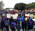 Cientos de personas se manifiestan contra el llenado de Yesa