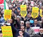Irán recibe las sanciones al grito de