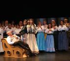 Más de 200 asistentes a una zarzuela con tono femenino en Cascante