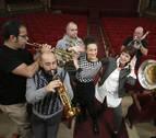 Pasadas las 4 & Spanish Brass llevan al Gayarre 'El burlador sin sardina'