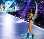 Adriana Lima deja Victoria's Secret tras 20 años con la marca de lencería