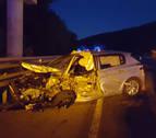 Un herido en una colisión entre un coche y un camión en la NA-240-A