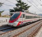 El número de pasajeros del tren se estanca en 2019 mientras el avión suma 37.000 nuevos