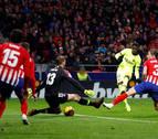 El Barça salva el liderato en el Wanda con un gol en el minuto 90