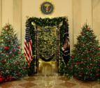 Melania Trump apuesta por el patriotismo en la decoración navideña de la Casa Blanca
