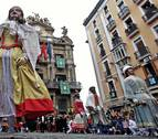 Recorrido de la comparsa de gigantes y cabezudos de Pamplona por San Saturnino