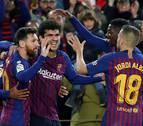 El Barcelona vence en casa al Villarreal con goles de Piqué y Aleñá