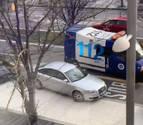 Una ambulancia 'atrapada' en Pío XII se hace viral