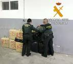 Detenida una persona e intervenidos 327 kilogramos de hachís en Almería