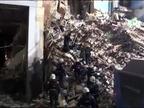 Rescatado vivo un bebé 35 horas después del derrumbe de un edificio en los Urales