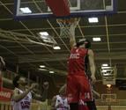 El Basket Navarra cosecha por primera vez tres victorias seguidas y duerme líder