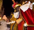 La cabalgata de los Reyes Magos desborda la ilusión de miles de tudelanos
