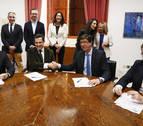 El PP, árbitro de Andalucía mientras Ciudadanos y Vox ahondan su enfrentamiento