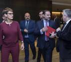Ábalos (PSOE): &quotLa compañera María Chivite no está desafiando a la dirección del partido