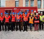Una delegación de la UE visita  en Mutilva la primera promoción Passivhaus de VPO