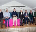 Buñuel entrega los premios taurinos de sus fiestas de agosto