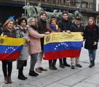 Venezolanos piden la salida de Maduro desde Navarra