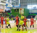 El Basket Navarra vence a pesar de los errores