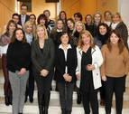 Empresarias y directivas ayudan a mujeres para mejorar su empleabilidad