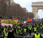 Los 'chalecos amarillos' toman París en el décimotercer sábado de protestas