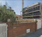 Muere un obrero al caer una grúa de una obra en Sant Just Desvern (Barcelona)