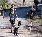 El primer Canicross Villa de Azagra reúne a 50 corredores