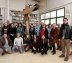 Homenajean a los fallecidos en accidentes laborales con una escultura en la Rochapea