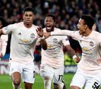El Manchester United elimina al PSG en París y con gol de penalti en el descuento