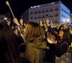 Una cacerolada en Sol: el primer acto por el Día Internacional de la Mujer