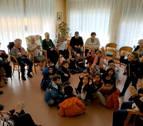 El colegio Escolapios de Tafalla trabaja un proyecto para aprender con y de los mayores