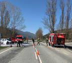 Cuatro personas heridas en un accidente en la NA-234, en el cruce de Cemboráin