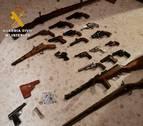 Detenido un hombre de 75 años por disparar a su vecino y tener 19 armas en casa