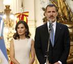 Crítica en televisión a la diferencia de sueldo entre la Reina y el Rey