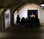 El escritor Harkaitz Cano y el artista Santos Bregaña hablan sobre arte en la Ciudadela