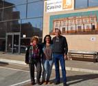El Casino de Andosilla añade a su fachada la memoria de sus fundadores