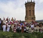 Una procesión infantil en Peralta