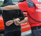 CCOO presenta una queja ante el Defensor por la retirada de armas en Policía Foral