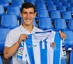 El jugador navarro Aihen Muñoz renueva con la Real Sociedad hasta 2022