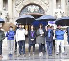 El Ayuntamiento se concentra contra la agresión sexual denunciada en Pamplona
