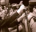 Las claves de la Revolución de los Claveles en Portugal